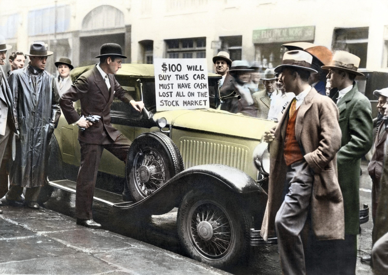 Dans une rue à New York, 1929, photographie anonyme colorisée