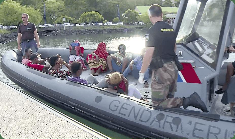 La gendarmerie intercepte des migrants à Mayotte