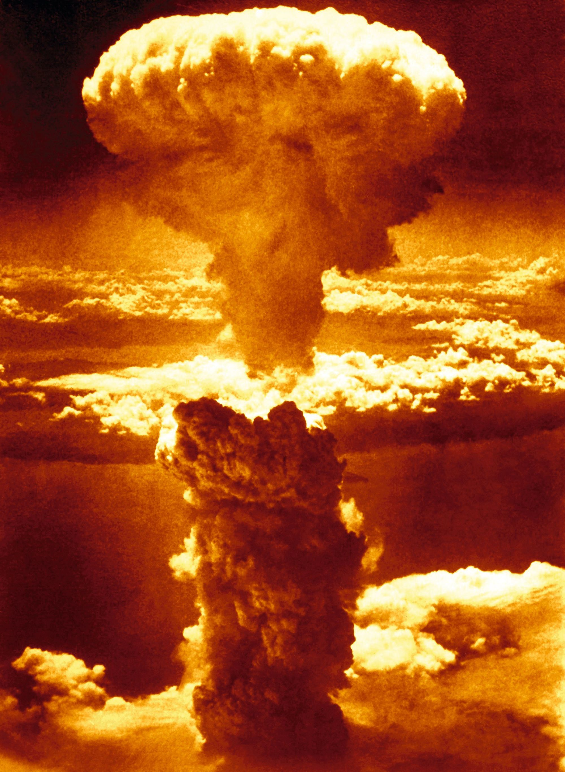 Contexte Chapitre 3 - Explosion atomique de Nagasaki 9 août 1945