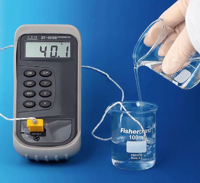 Solution basique d'hydroxyde de sodium et d'acide chlorhydrique