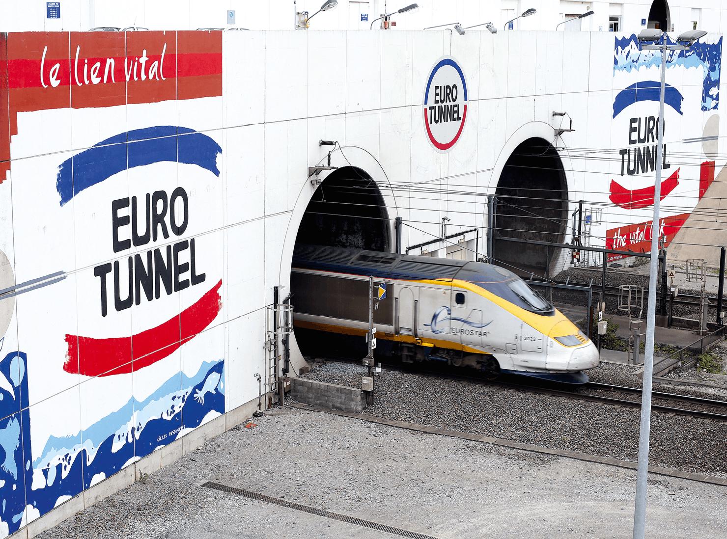 Photographie de l'entrée du tunnel sous la Manche