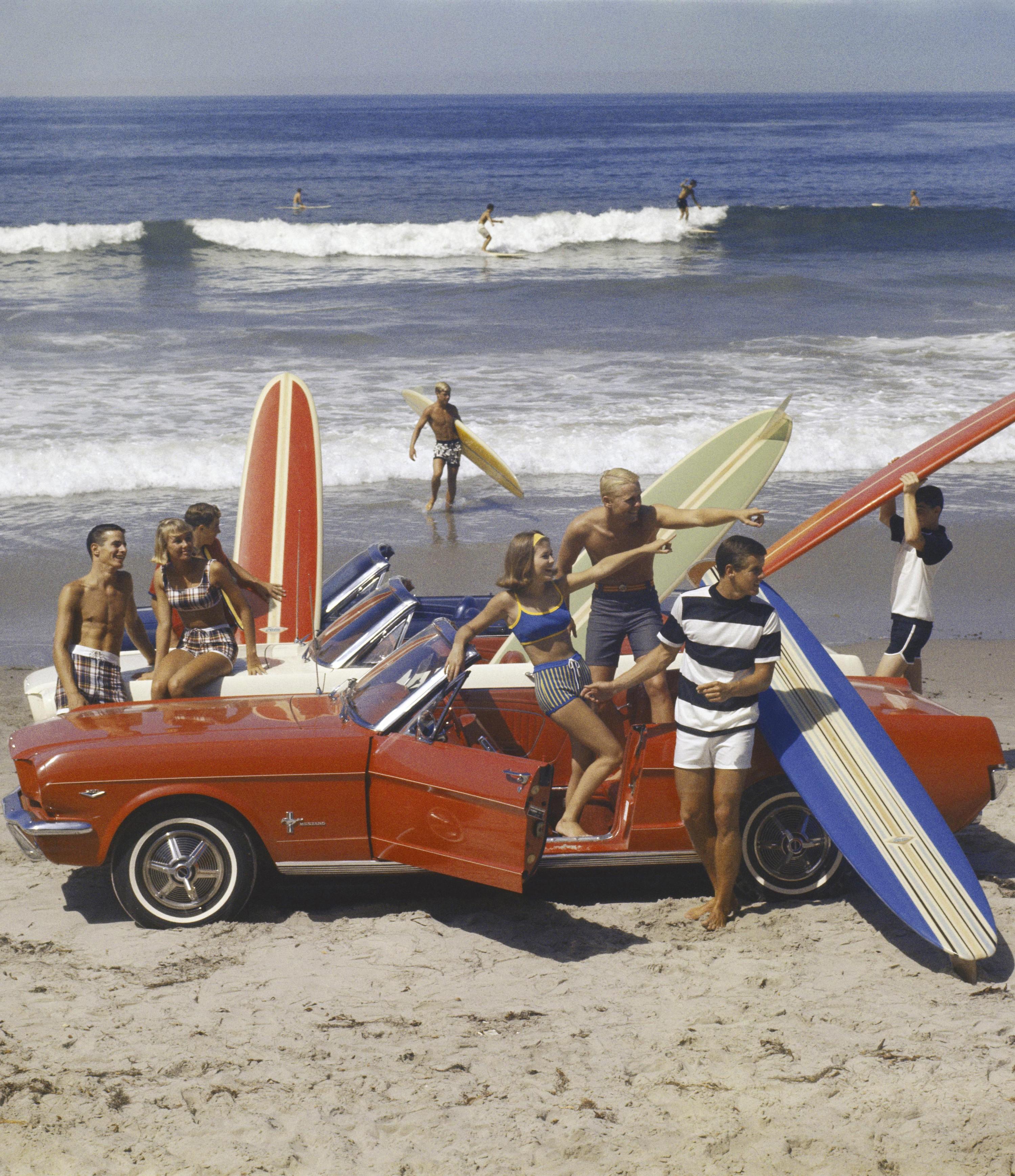 Groupe d'amis sur la plage