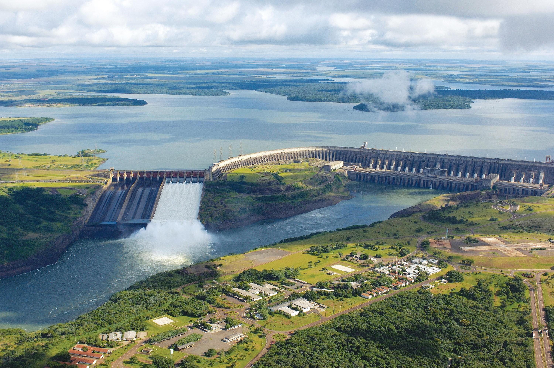 <stamp theme='his-green2'>Doc. 6</stamp> La centrale hydroélectrique d'Itaipu