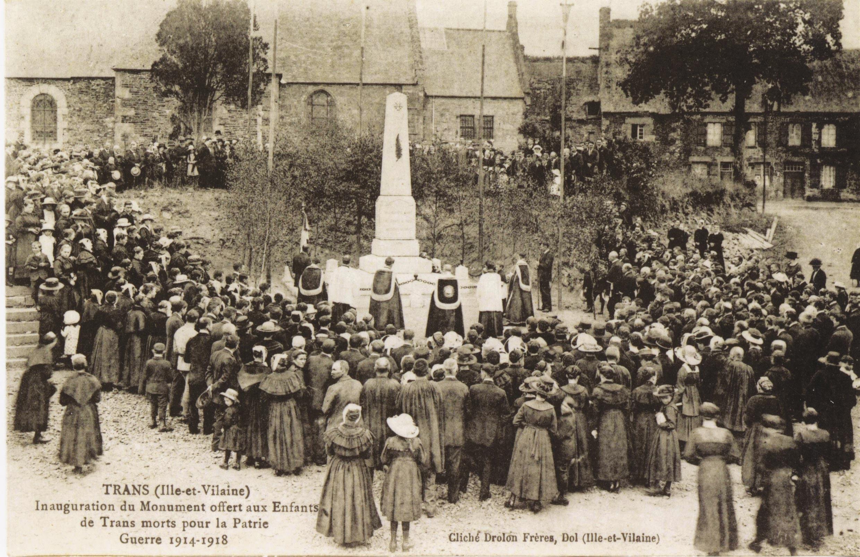 Inauguration du monument aux morts de la Première Guerre mondiale