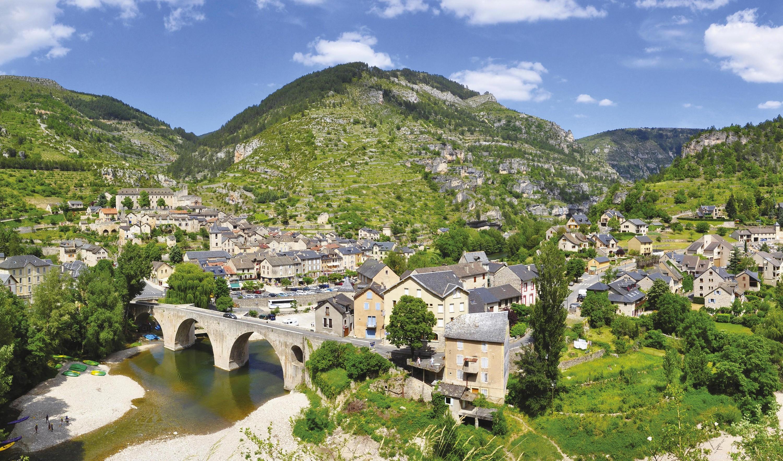 Le village de Sainte-Enimie en Lozère