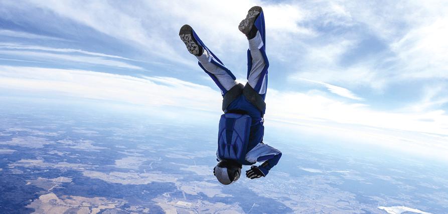 Maths spé - Chapitre 10 - Primitives - Équations différentielles - exercice 121 - saut en parachute