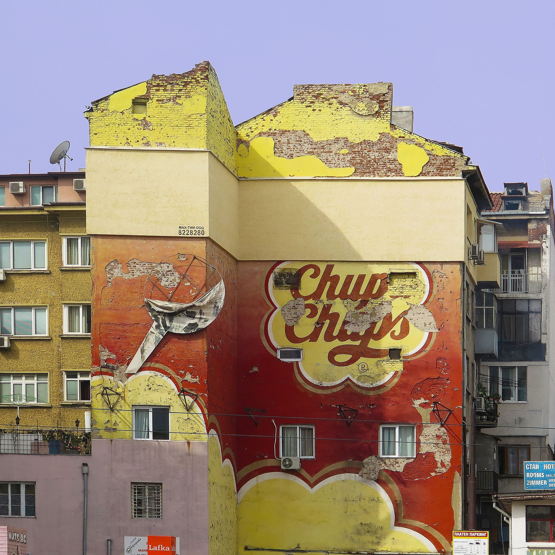 Grafiti Chupa Chups representando la marca española