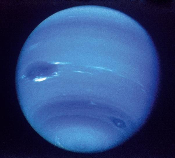 Chapitre 13 - Exercice corrigé - Période de Néréide - Photographie de Neptune prise par Voyager 2