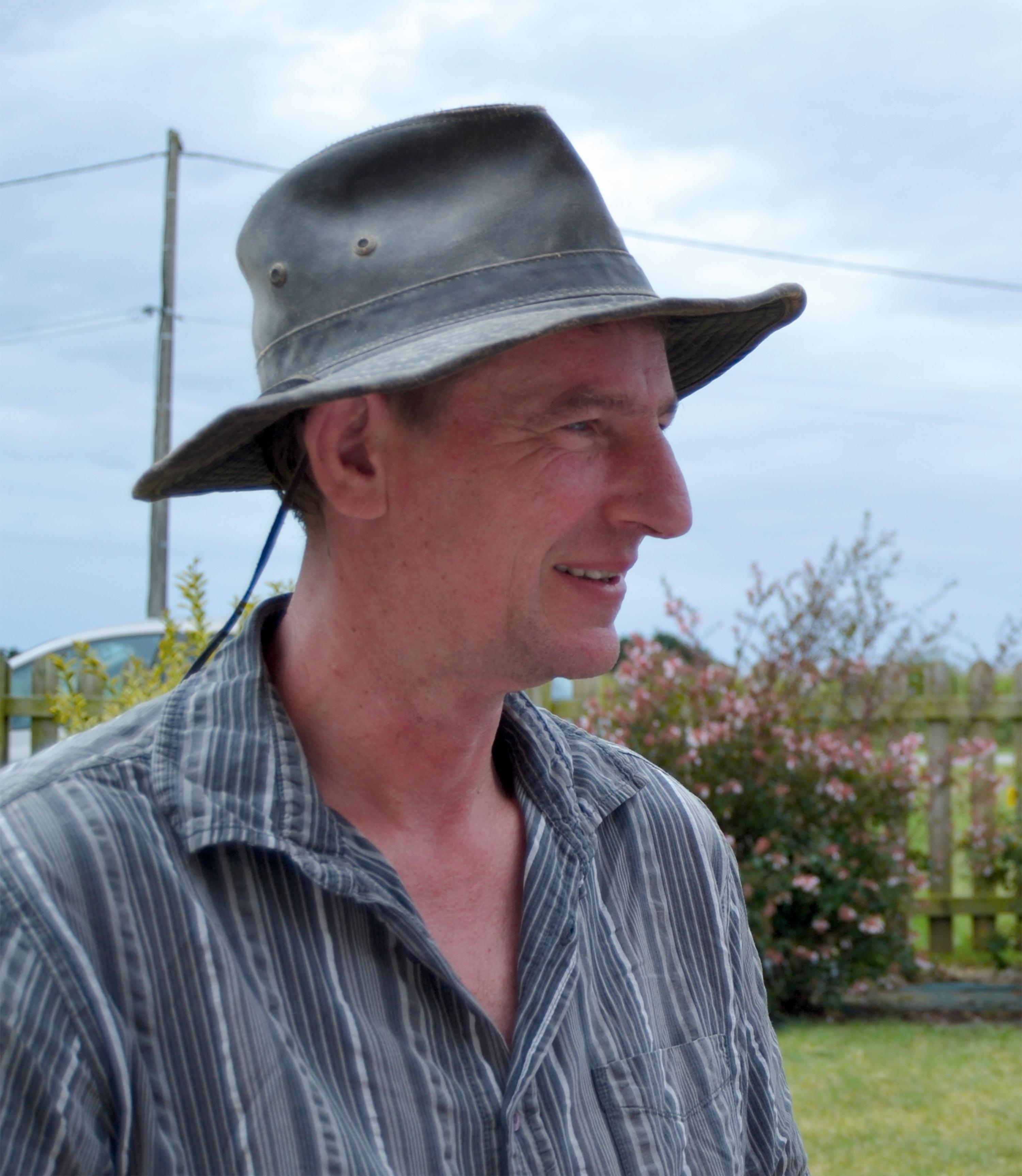 Richard N. : « J'aime soigner la terre pour alimenter sainement mes animaux. »