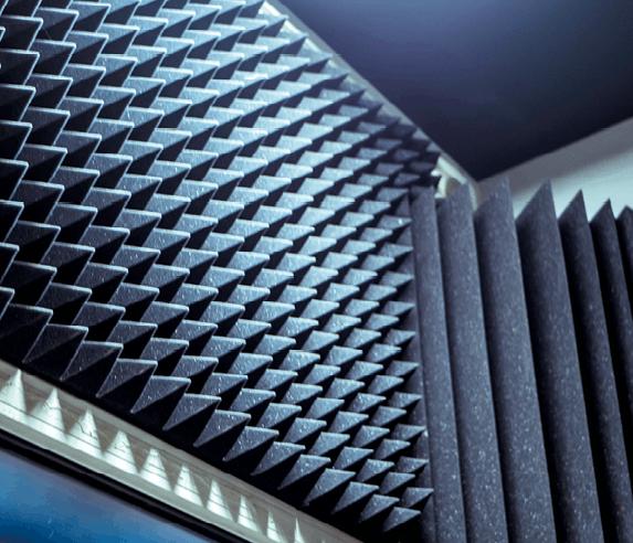 Mousse acoustique en studio