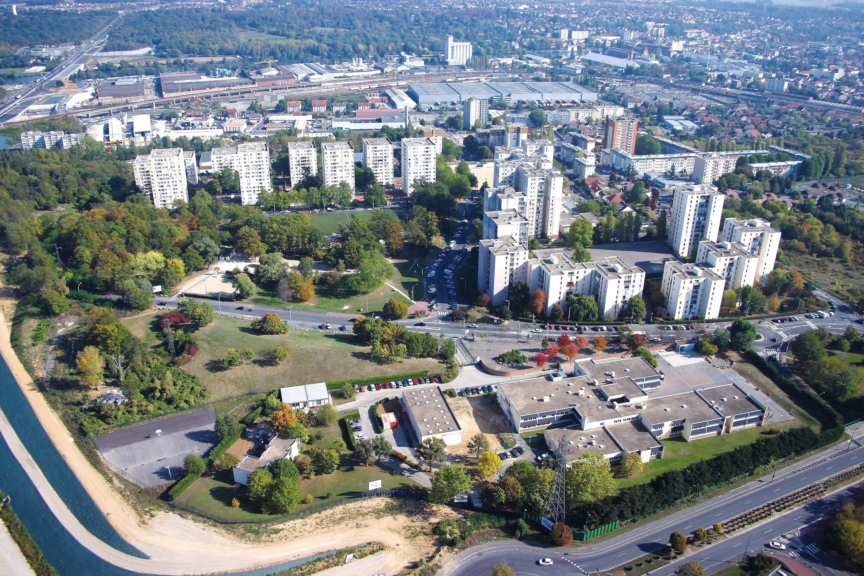 <stamp theme='his-green2'>Doc. 6</stamp> Un quartier prioritaire: les Tarterêts à Corbeil-Essonnes