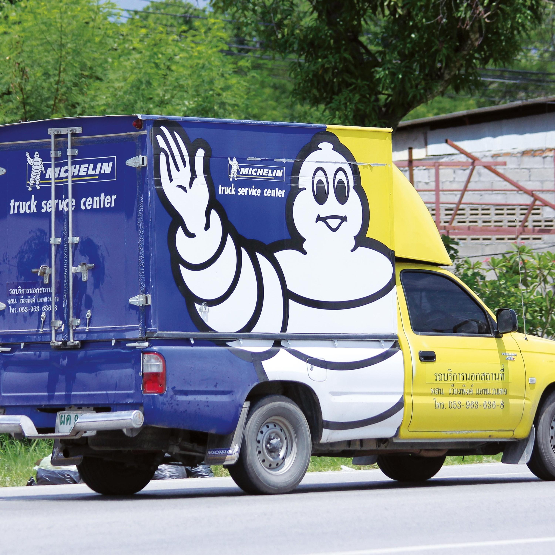 <stamp theme='his-green2'>Doc. 1</stamp> Une camionnette de dépannage en Thaïlande
