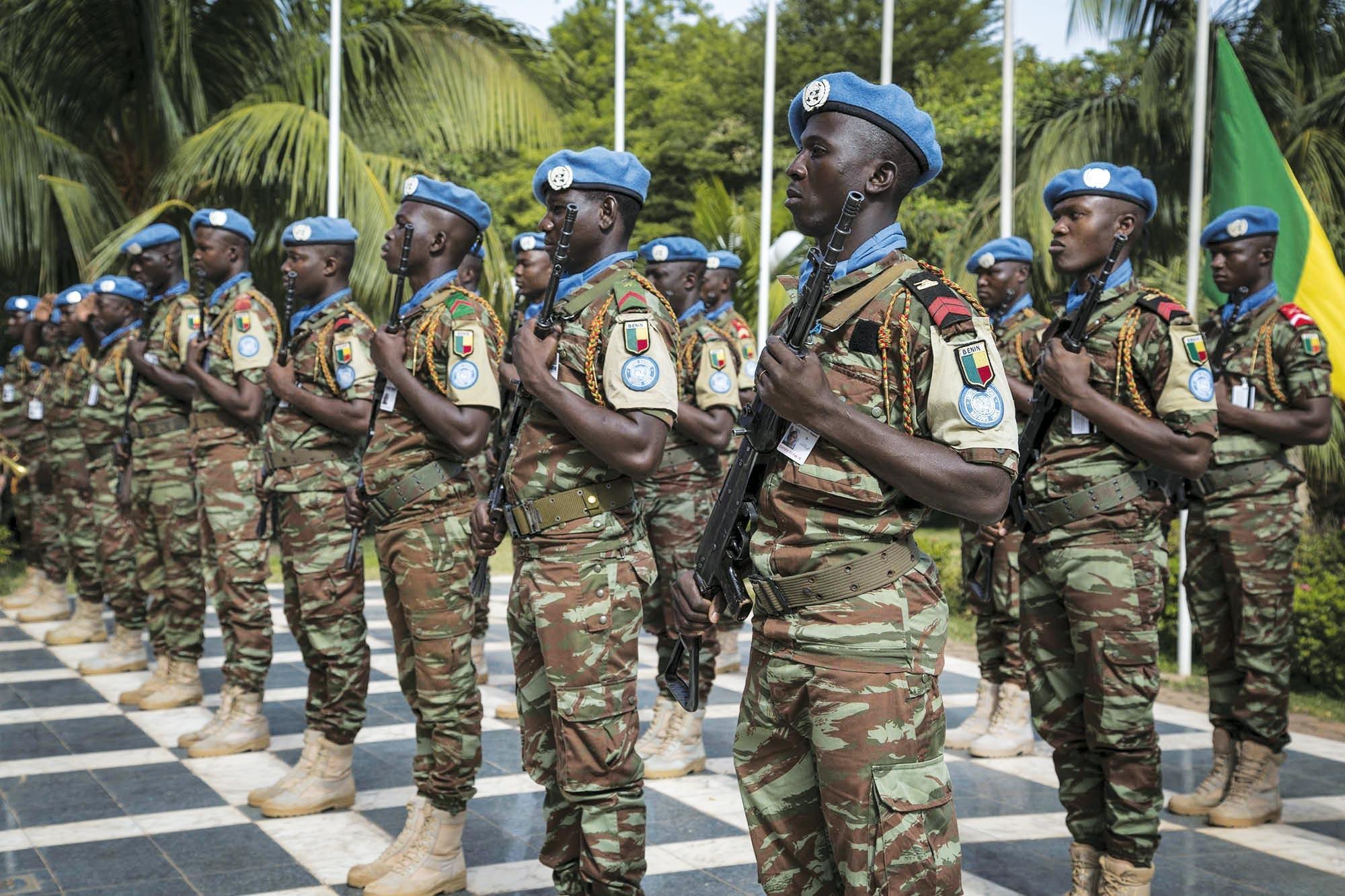 <stamp theme='his-green2'>Doc. 4</stamp> Soldats de la Minusma au Mali