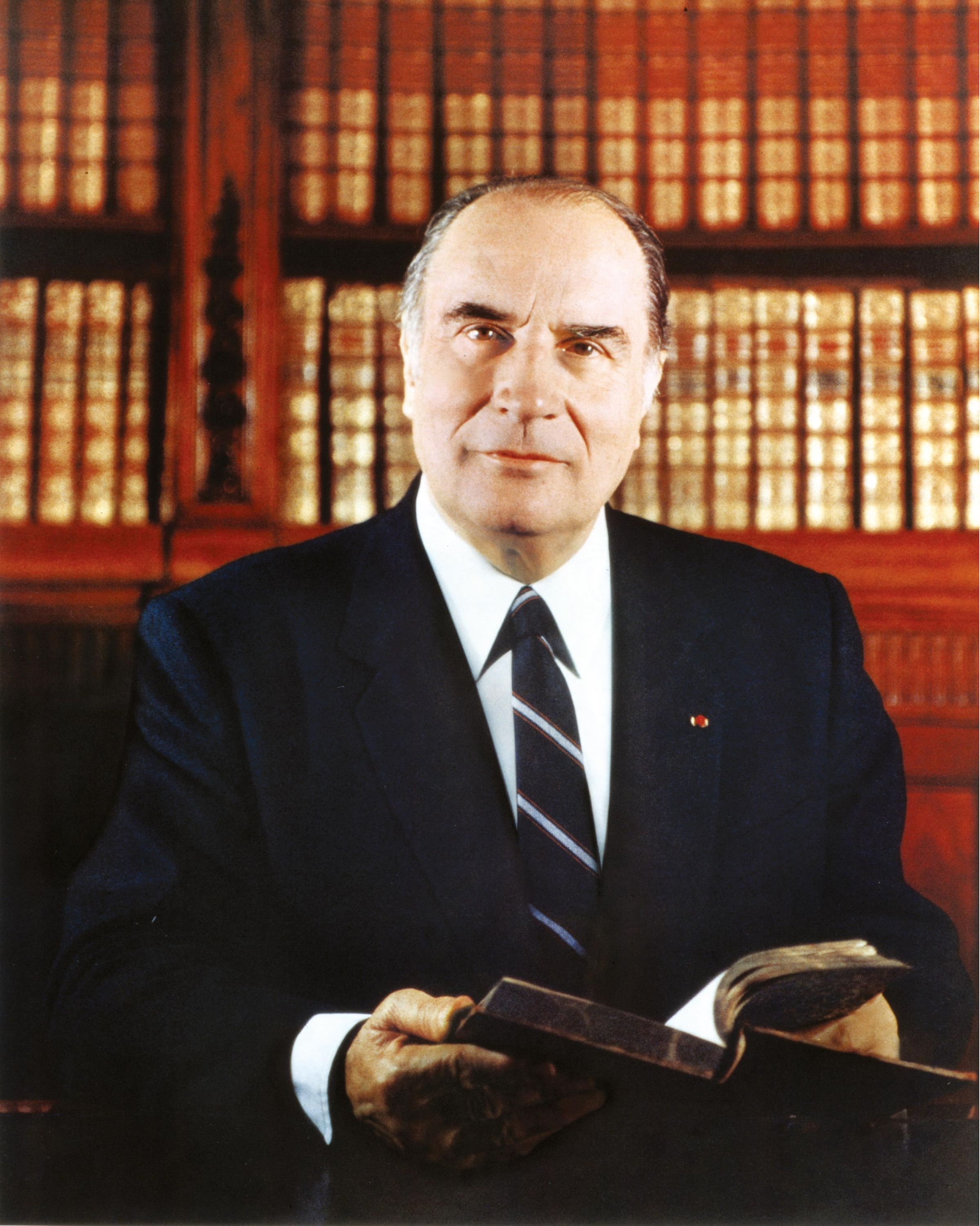 <stamp theme='his-green2'>Doc. 1</stamp> François Mitterrand (1916-1996)