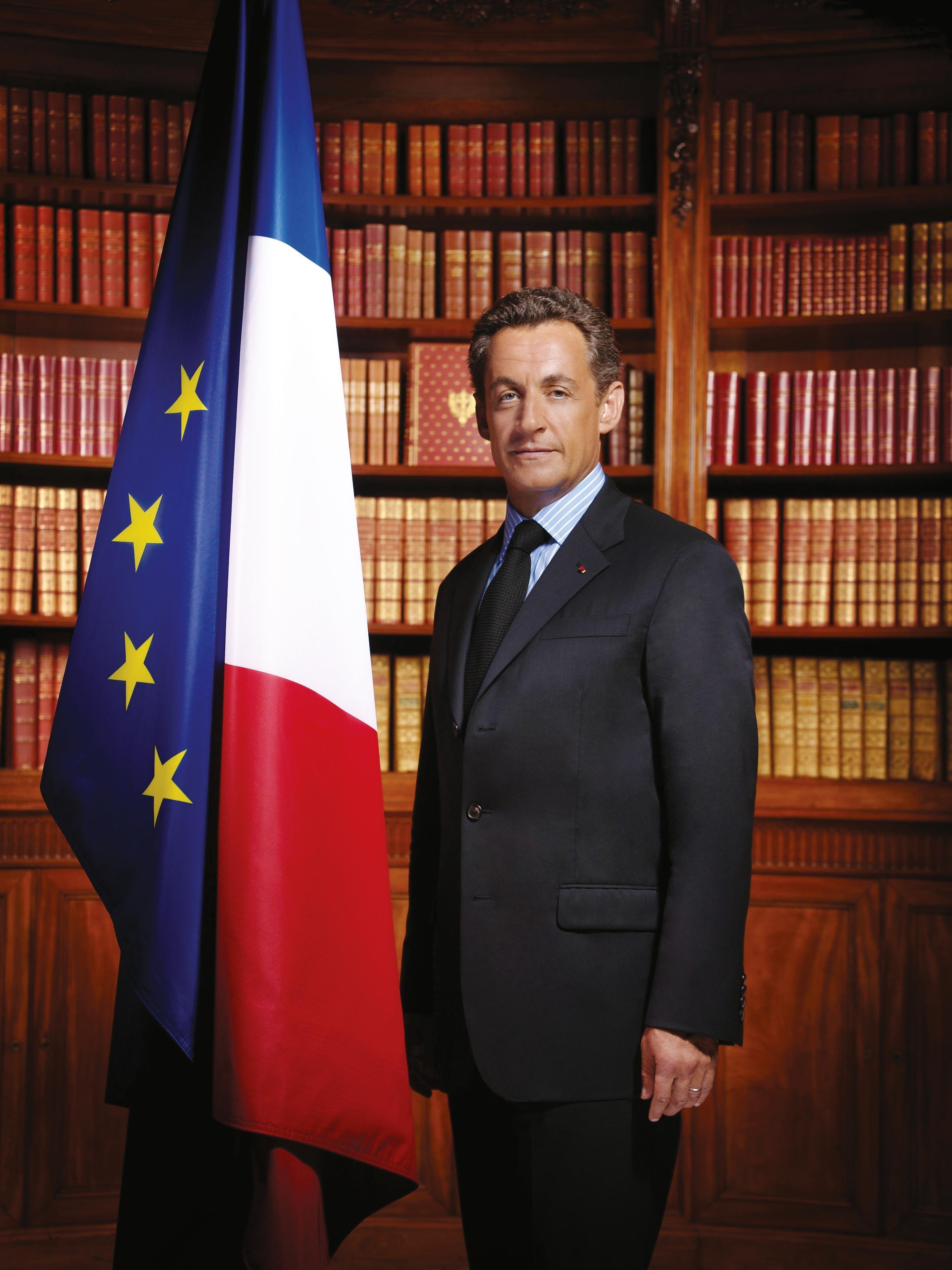 <stamp theme='his-green2'>Doc. 7</stamp> Sarkozy président