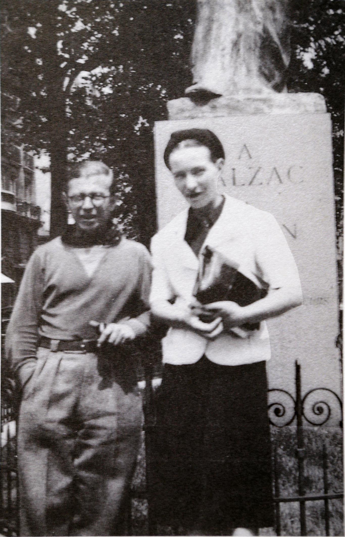 <stamp theme='his-green2'>Doc. 2</stamp> Simone de Beauvoir