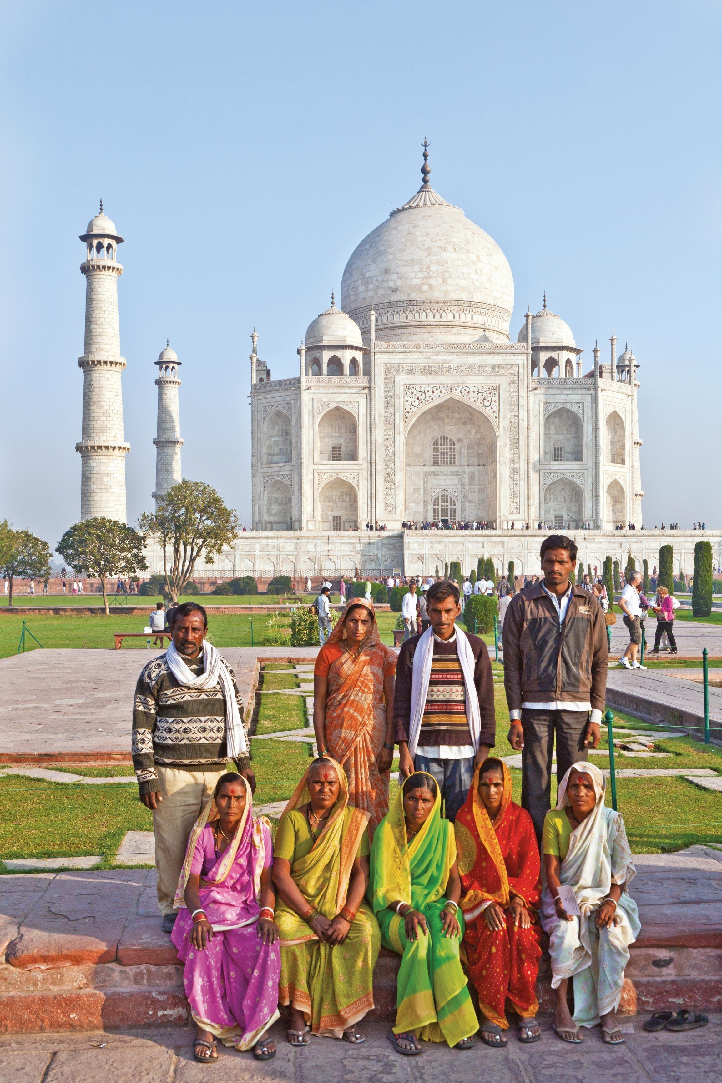 <stamp theme='his-green2'>Doc. 2</stamp> Le tourisme intérieur:  les Indiens, touristes dans leur propre pays