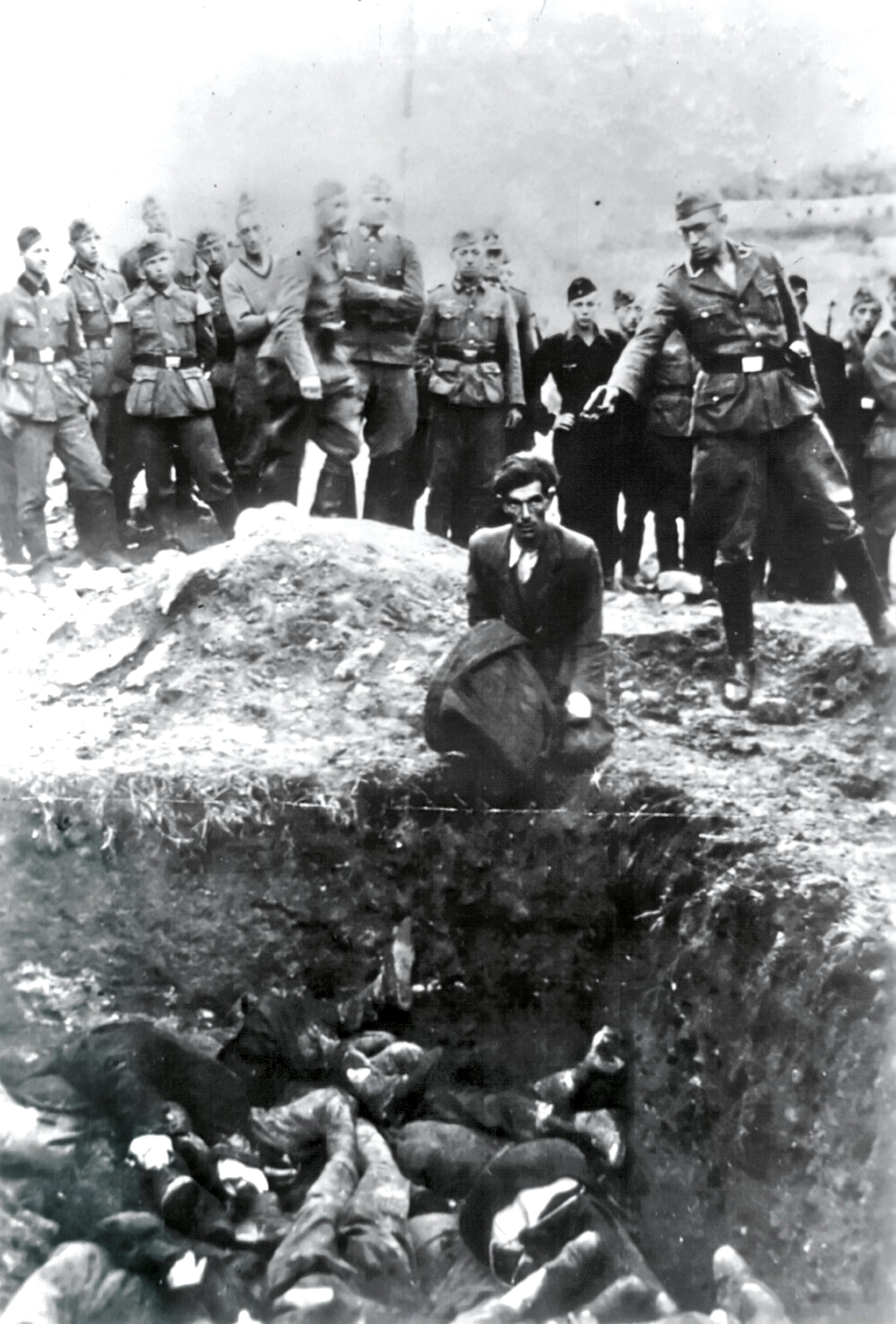 <stamp theme='his-green2'>Doc. 4</stamp> Les massacres de Juifs par les Einsatzgruppen