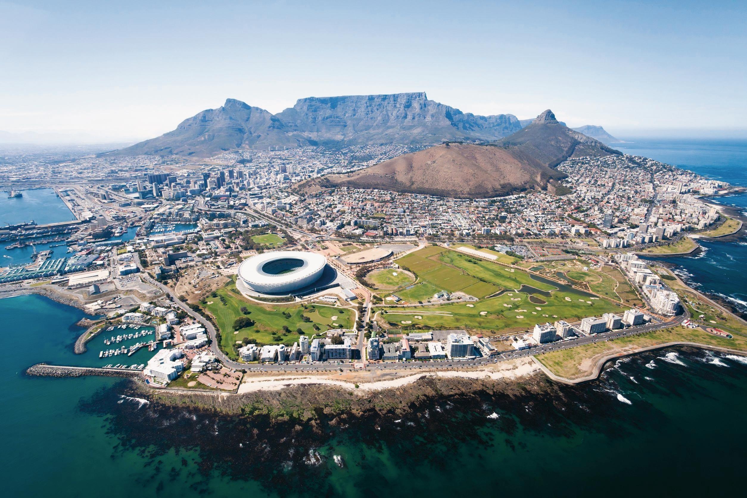 <stamp theme='his-green2'>Doc. 2</stamp> Le Cap (Afrique du Sud), une métropole d'un pays émergent