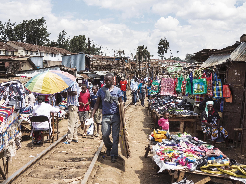 <stamp theme='his-green2'>Doc. 7</stamp> Les bidonvilles à Nairobi