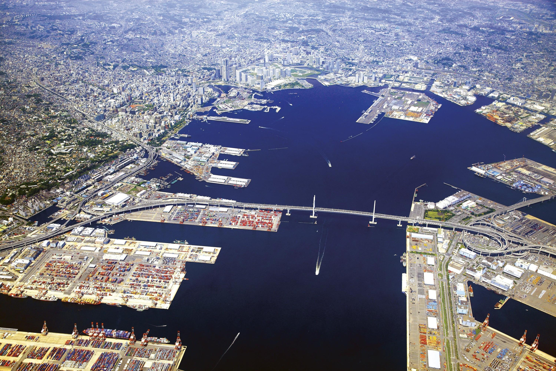 <stamp theme='his-green2'>Doc. 2</stamp> Le port de Yokohama dans la baie de Tokyo