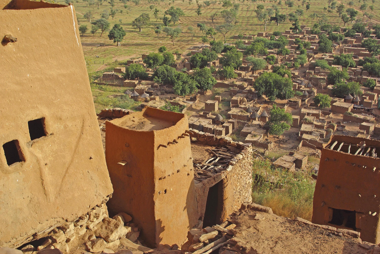 <stamp theme='his-green2'>Doc. 5</stamp> Entretenir un patrimoine d'exception (Mali)