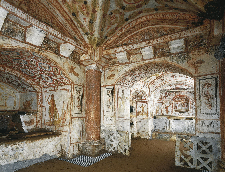 <stamp theme='his-green2'>Doc. 1</stamp> Les catacombes et les fresques et décors chrétiens