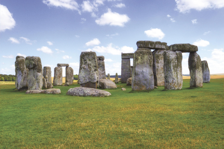 <stamp theme='his-green2'>Doc. 2</stamp> Les alignements de Stonehenge (Royaume-Uni)