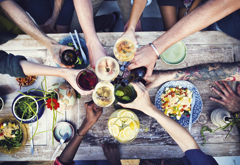Ex. 11 Un repas entre amis