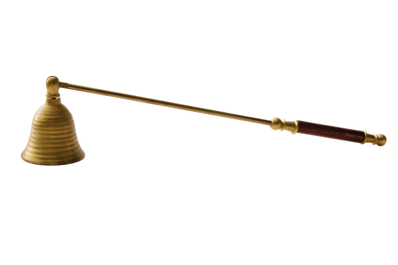 <stamp theme='pc-green1'>Doc. 1</stamp> Éteignoir à bougie (objet de décoration, bois et laiton, XXème siècle).