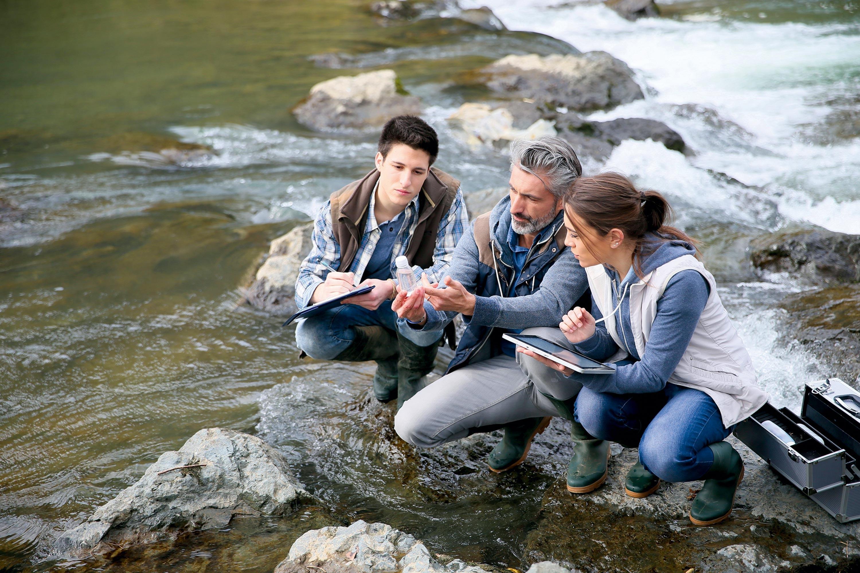 <stamp theme='svt-green1'>Doc. 1</stamp> Le suivi de la biodiversité dans une rivière.