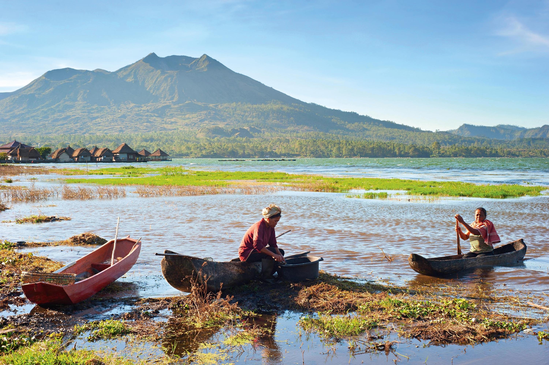 Le lac Batur en Indonésie