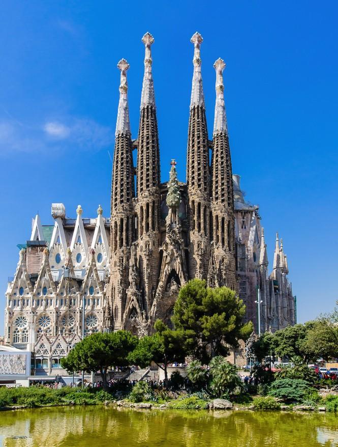 ESP_Ch17_Architecture_Gaudi