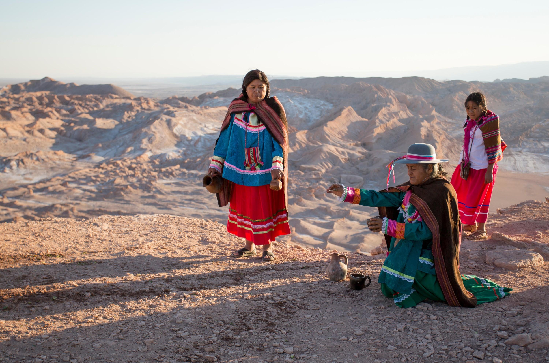 Las habilidades de los pueblos indígenas y tribales del planeta y el equilibrio con la Naturaleza, 2013.