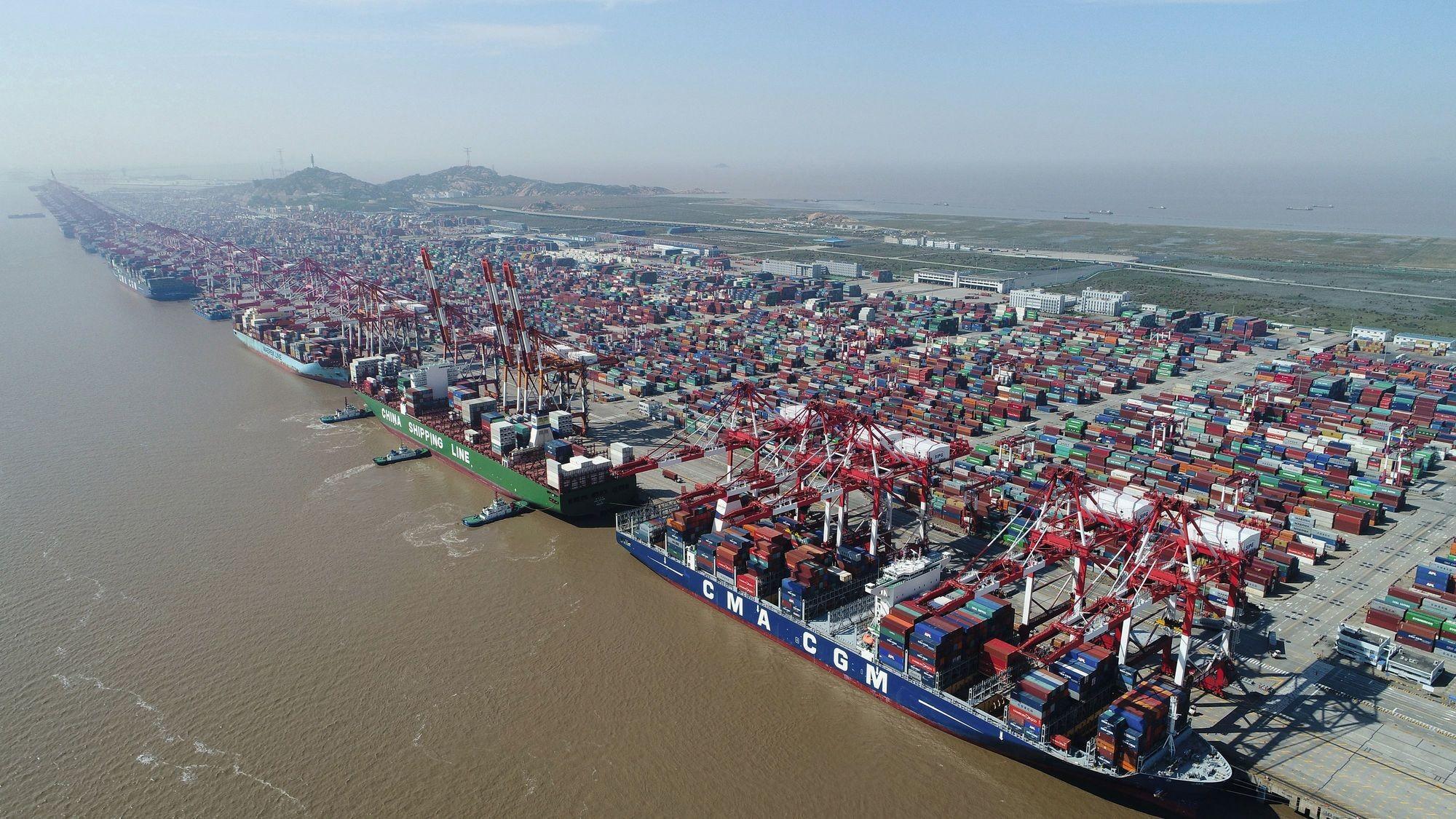 Le port en eau profonde de Yangshan