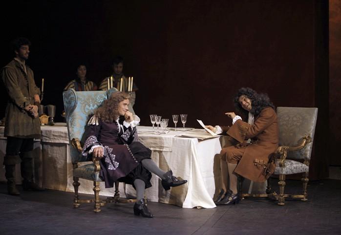 Dom Juan, mise en scène de Jean Pierre Vincent, avec Loïc Corbery (Dom Juan) et Pierre-Louis Calixte (Monsieur Dimanche), Comédie Française, Paris, 2012.