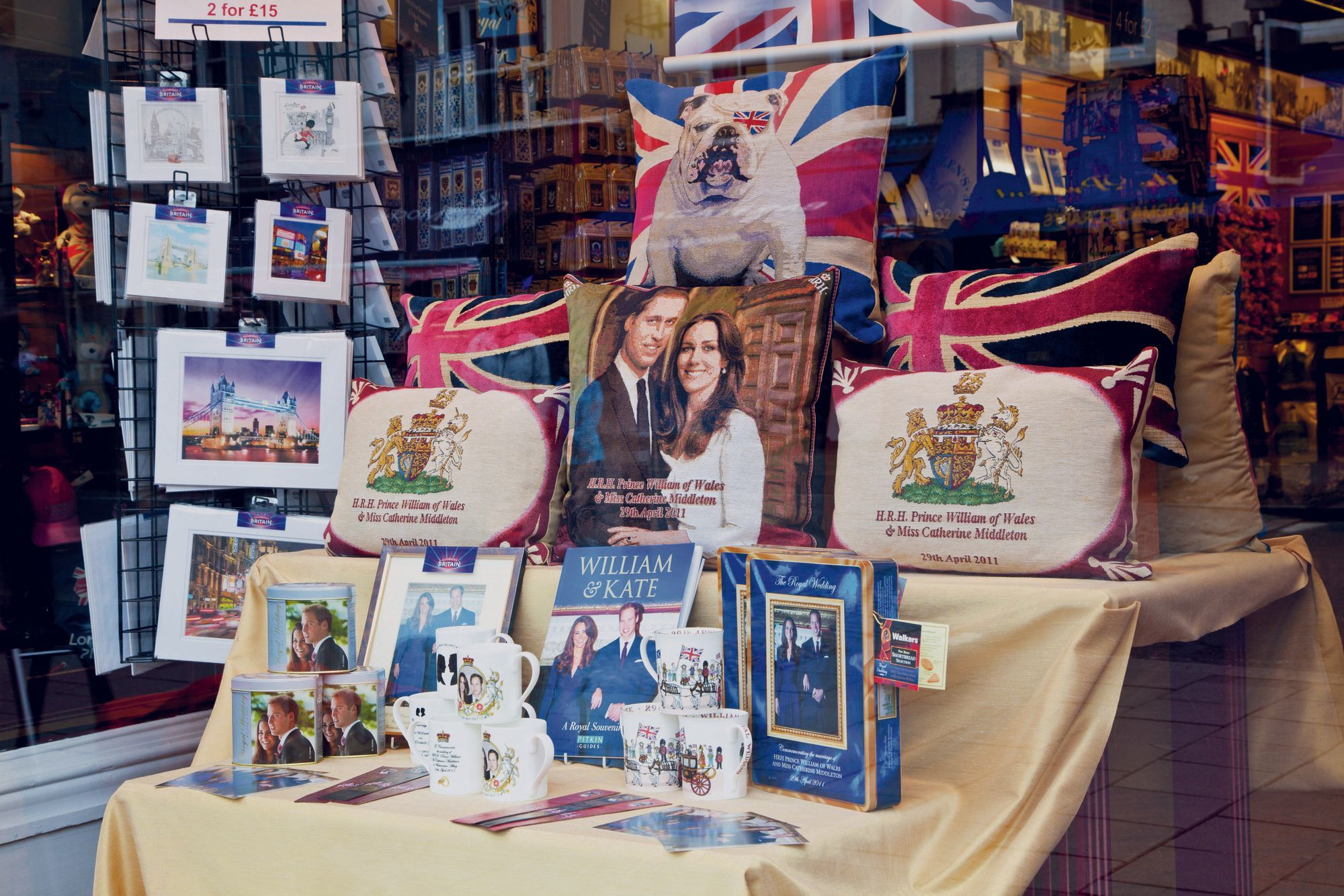 A souvenir shop window in Windsor, by Anna Stowe, 2011.