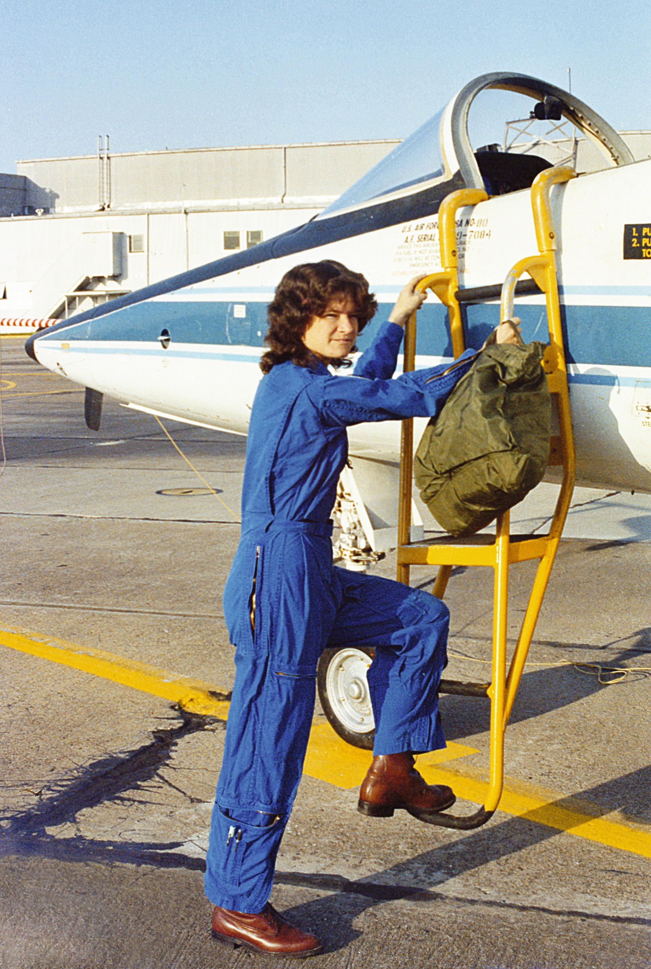 Sally Ride (1951-2012), astronaute et astrophysicienne américaine et auteure de livres de vulgarisation scientifique pour les enfants.