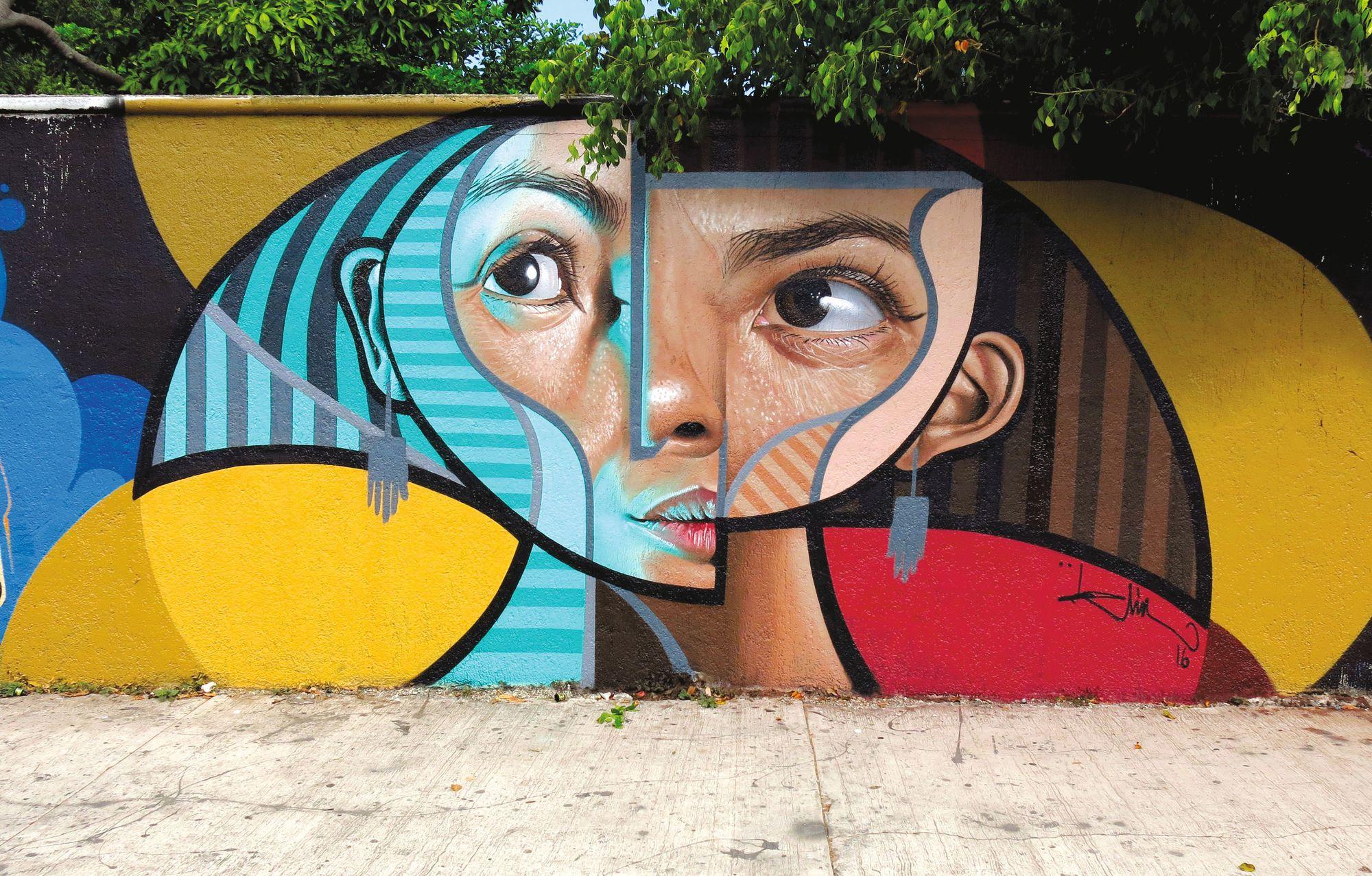 BELIN (Miguel Ángel Belinchón), FLAXT, mural en Cancún, México, 2016.