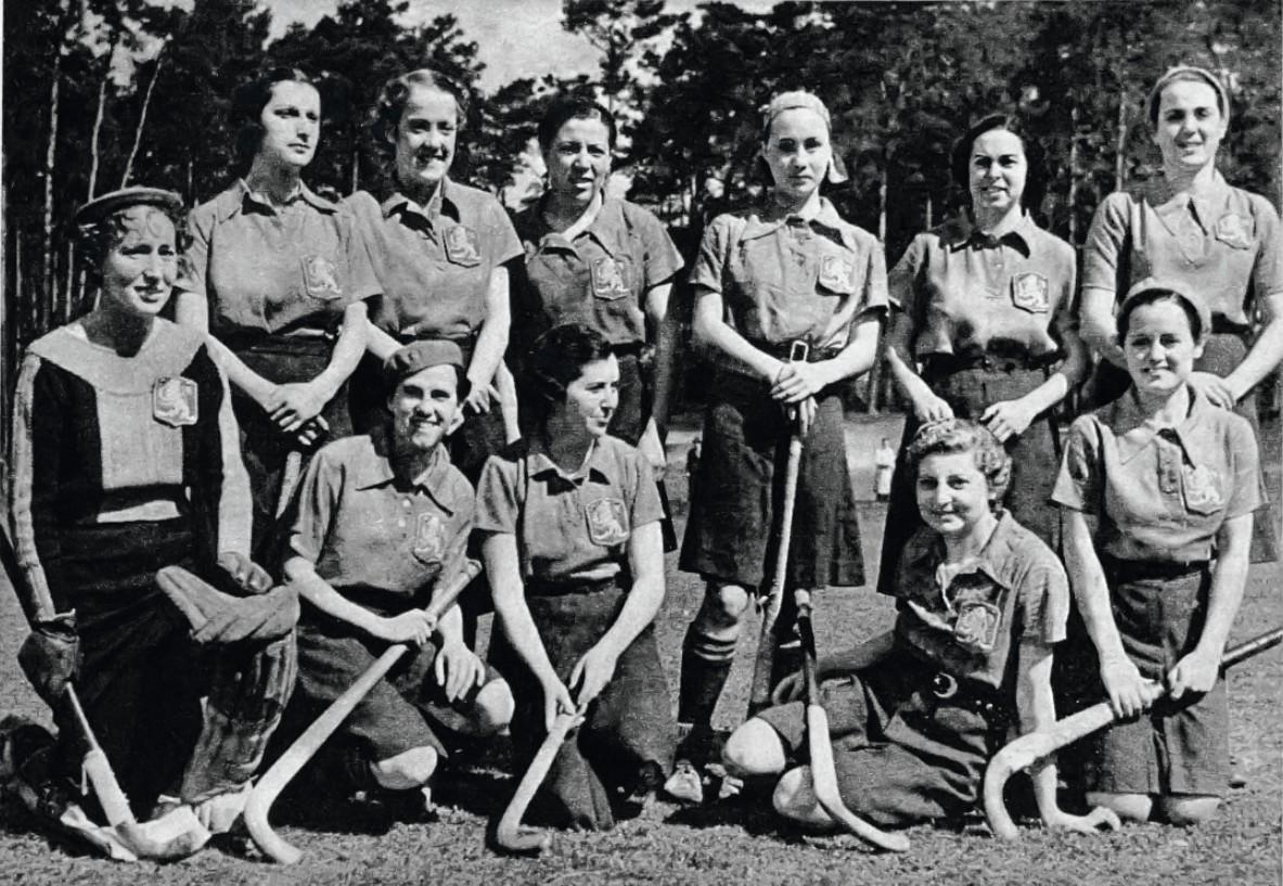 Selección femenina de hockey para los Juegos Olímpicos de Berlín, 1936.