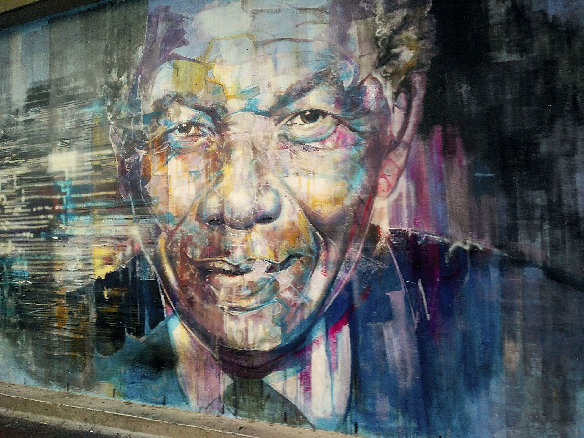 A mural paying tribute to Nelson Mandela, 2018.