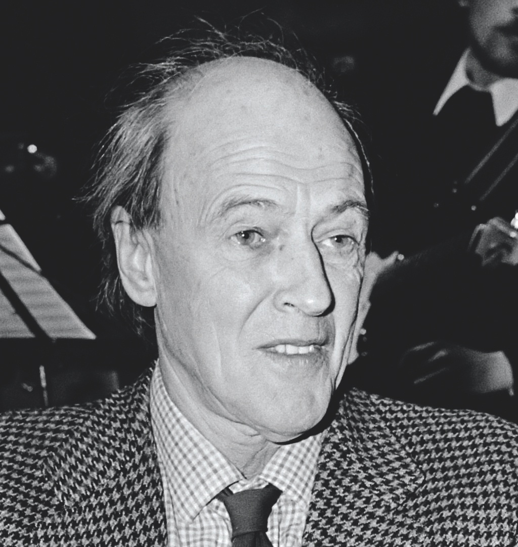 Roald Dahl biography photo