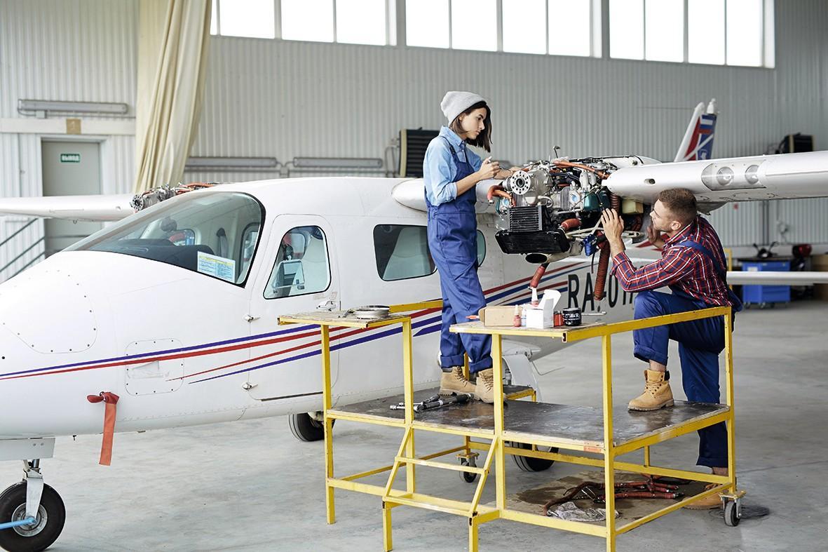 Technicien maintenance aéronautique