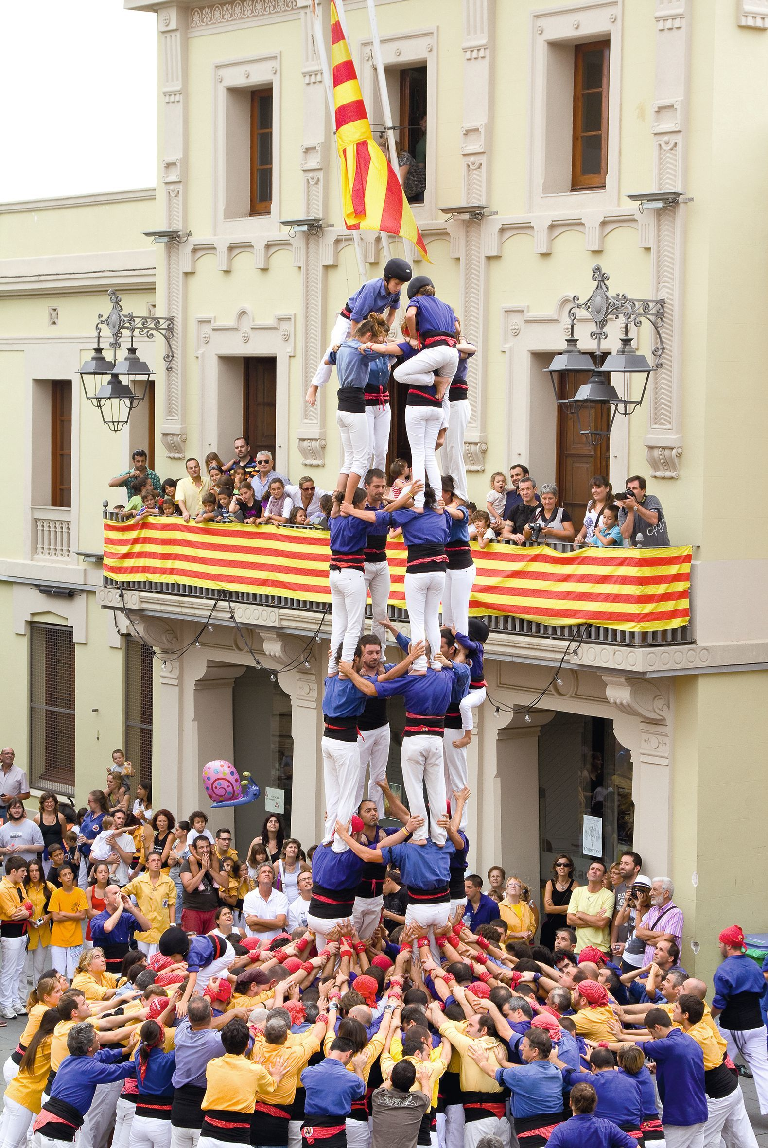 Castellers (pyramide humaine), Espagne