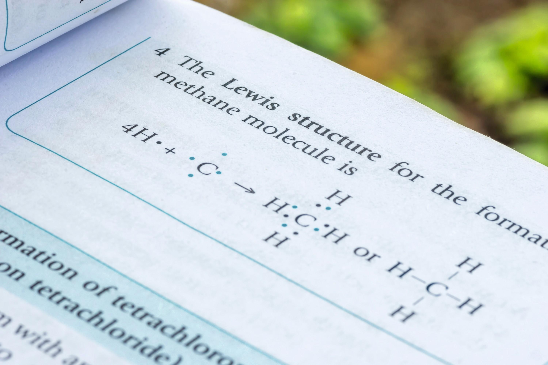 Formule de Lewis (livre)