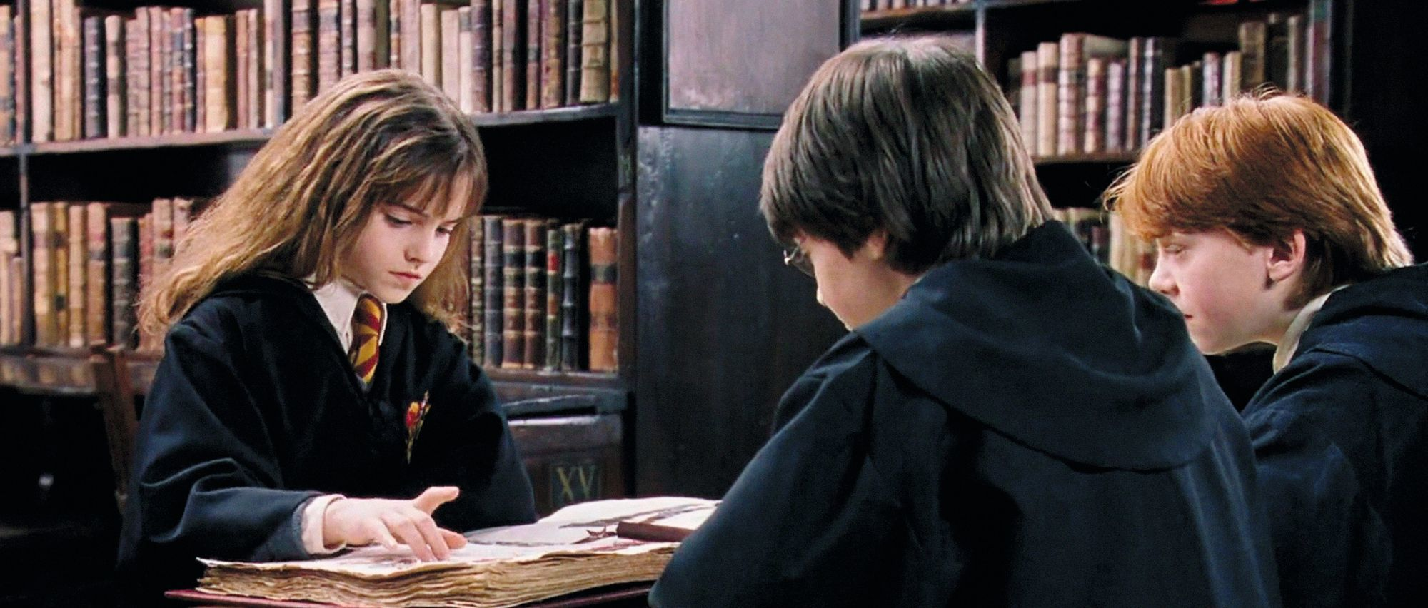 Hermione à la bibliotheque - Harry Potter