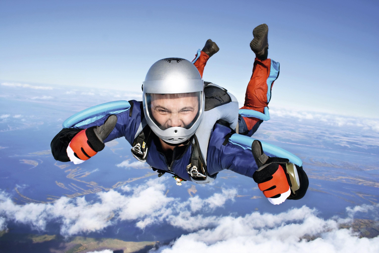 Parachutiste en « chute libre »