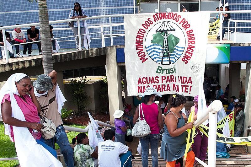 Le manque d'eau potable, un paradoxe au Brésil », Journal du dimanche