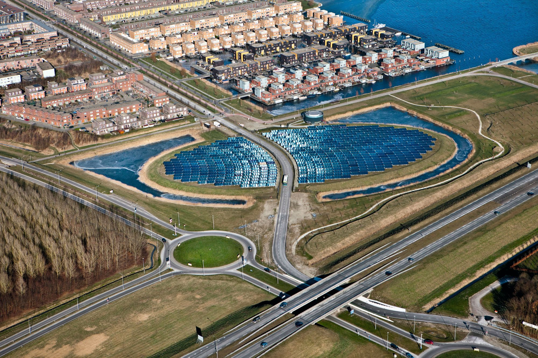 Vers l'autosuffisance énergétique : la ville d'Almere aux Pays‑Bas