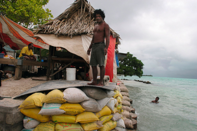 Les îles Kiribati menacées par le changement climatique